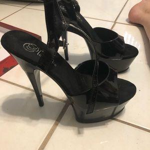 Pleaser Black Patent Leather Shoe Size 8